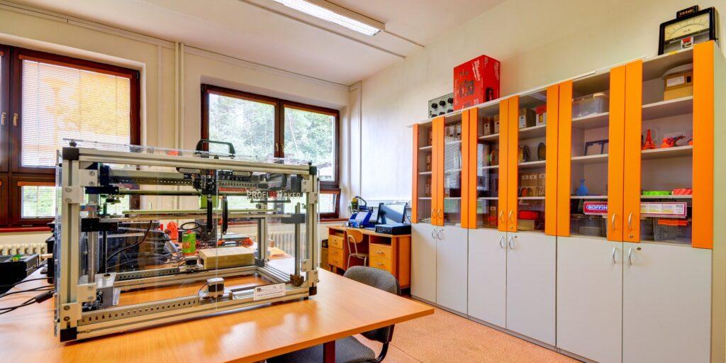 SOŠ - učebna odborných předmětů - 3D tisk
